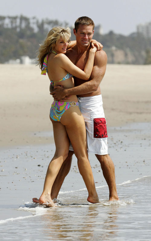 Andy Baldwin and Marla Maples: Love Is In The Air (on the Beach)